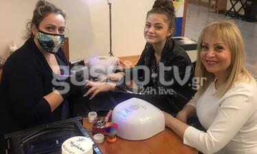 Αποκλειστικό: Eurovision 2020: Η Στεφανία Λυμπερακάκη πήγε για μανικούρ στην Τέτα! Τι χρώμα επέλεξε;