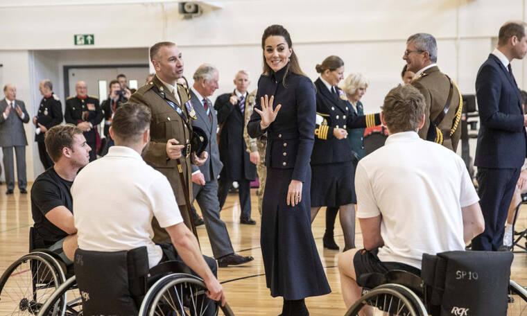 Λιμοκτονεί η Kate Middleton; Τι συμβαίνει με το βάρος της δούκισσας