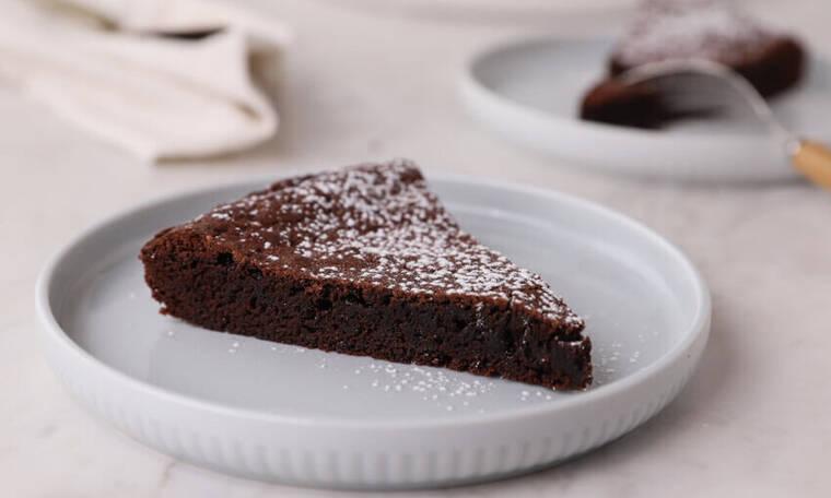 Σουηδική σοκολατόπιτα (Kladdkaka) από τον Γιώργο Τσούλη