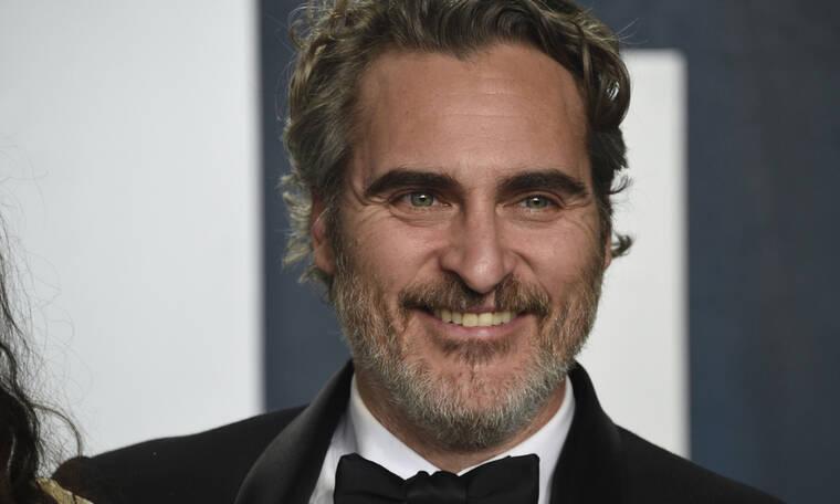 Ο Joaquin Phoenix ζητάει μόλις 2 λεπτά για να σε ανατριχιάσει με το νέο του φιλμ