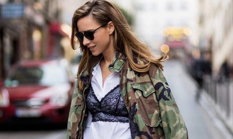 Το νέο trend μας θέλει να φοράμε το σουτιέν πάνω από τα ρούχα