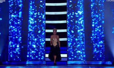 YFSF: «Μάγεψε» το τηλεοπτικό κοινό η Μαρία Μπεκατώρου–Λαμπερή και πιο αδύνατη από ποτέ (Pics – Vid)