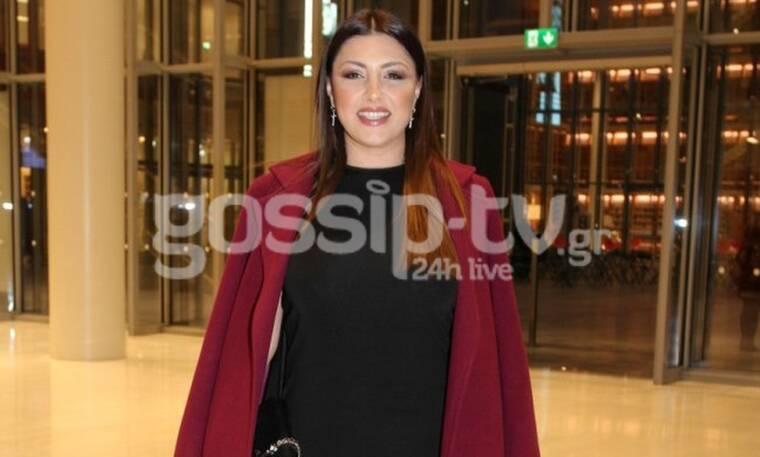 Έλενα Παπαρίζου: Πιο αδύνατη δεν την έχεις ξαναδεί! Mε little black dress «έκλεψε» τις εντυπώσεις