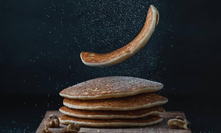 Το μοναδικό γλυκό με τρία υλικά που μπορείς να φας μετά το τσίκνισμα για να φτιάξει το στομάχι σου