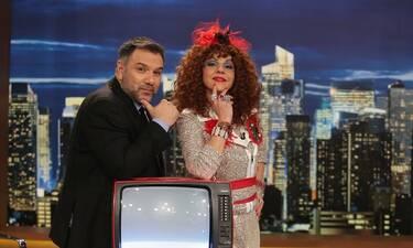 The 2Night Show: Η «Βάνια» αποκαλύπτεται στον Γρηγόρη Αρναούτογλου (Photos)