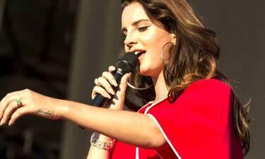 Lana Del Ray: Ακυρώνει την περιοδεία της και ο λόγος σοκάρει τους fan της! (Photos)