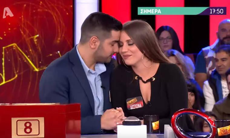 Deal: Πρόταση γάμου στο πλατό - Γονάτισε και της έδωσε το δαχτυλίδι του (photos-video)