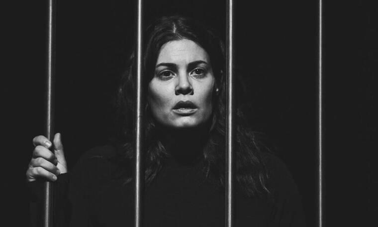 Μαρία Κορινθίου: Ακυρώθηκε η παράσταση της λόγω προβλήματος υγείας - Τι συμβαίνει; (Photos)