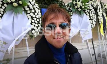 Κηδεία Κώστα Βουτσά: Θανάσης Τσαλταμπάσης: «Ξεκίνησα την υποκριτική εξαιτίας του» (video)