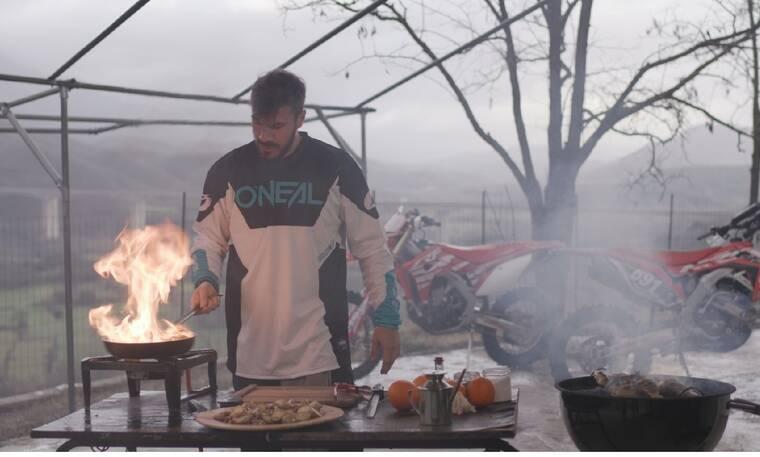 Akis' Food Tour: Το νέο γαστρονομικό ταξίδι του Άκη Πετρετζίκη στα Ιωάννινα!