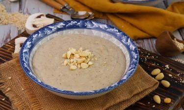 Νόστιμη σούπα τραχανά με μανιτάρια