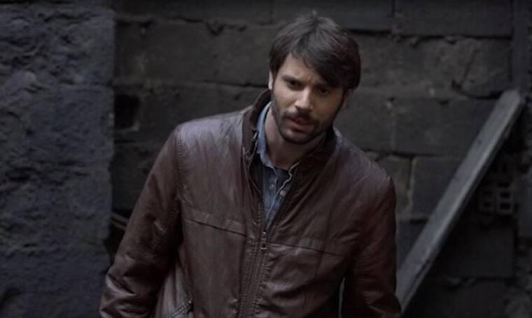 Το Καφέ της Χαράς: Ο Μανωλάκης φεύγει για φαντάρος! Τι θα γίνει με τον ρόλο του στη σειρά; (photos)