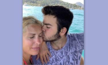 Άγγελος Λάτσιος: Δείτε που βρίσκεται ο γιος της Ελένης Μενεγάκη και θα εντυπωσιαστείτε!