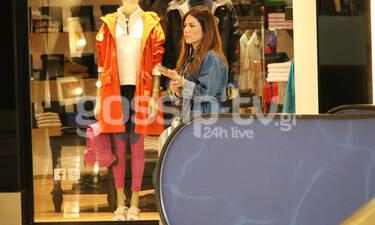 Bάσω Λασκαράκη: Η πρόσφατη εμφάνισή της σε εμπορικό κέντρο μας απογοήτευσε! (Photos)