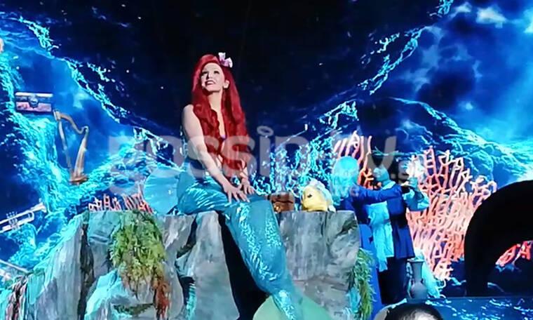 YFSF: Μια γοργόνα στο stage του show – To εντυπωσιακό σκηνικό βυθού που μάγεψε (photos-video)