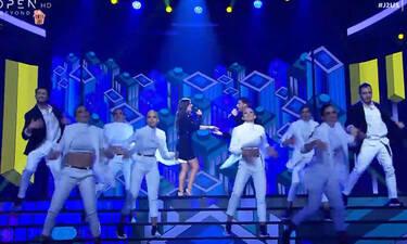 J2US: Κανείς δεν περίμενε το ταλέντο της Χριστίνας Βραχάλη στο τραγούδι! (video)