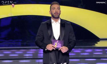 J2US: Ο Νίκος Κοκλώνης εξηγεί γιατί τελικά η Άντζελα Δημητρίου δεν κάθεται στις θέσεις των κριτών