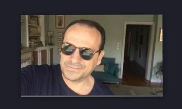 Κορονοϊός-Μένουμε σπίτι: Το βίντεο μέσα από το υπέροχο σαλόνι του σπιτιού του και το ξέσπασμά του