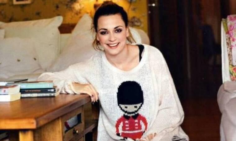 Σοφία Φαραζή: Με συμπτώματα κορονοϊού η ηθοποιός- Φώτο μέσα από το σπίτι της