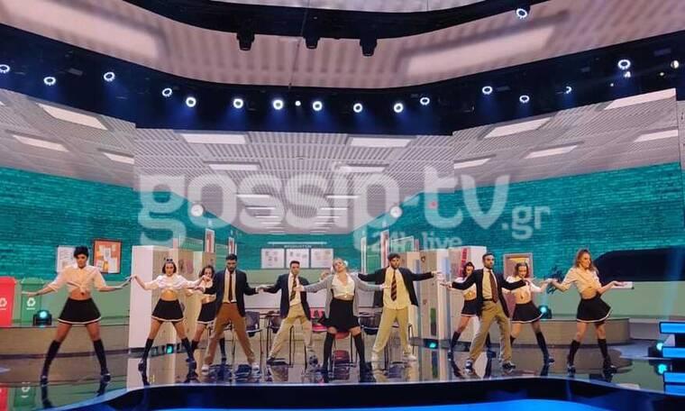 YFSF: Την κρυάδα του άδειου στούντιο πήρε η Μαρία Ανδρούτσου ως Britney Spears