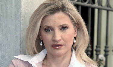 Ελένη Κρίτα: Θα ξαναδούμε το «Παρα πέντε» - Η δημοφιλής ηθοποιός απαντά
