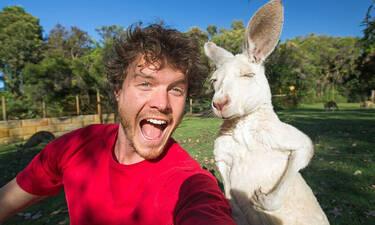 Αυτός ο τύπος βγάζει selfie μόνο με ζώα
