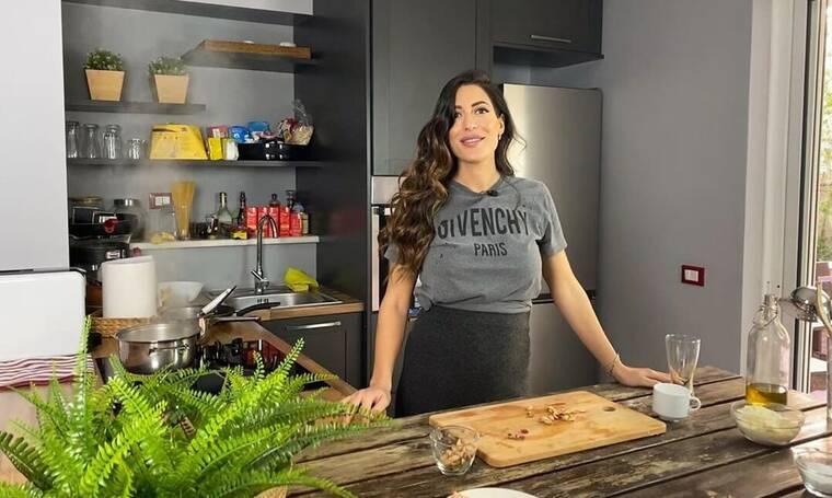 Πετρουτσέλι: Μένει σπίτι και μας δείχνει μια υπέροχη συνταγή με σπαγγέτι για το μεσημεριανό τραπέζι