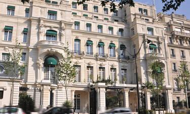 Δεν θα πιστεύεις στα μάτια σου: Αυτό το παλάτι έγινε ξενοδοχείο