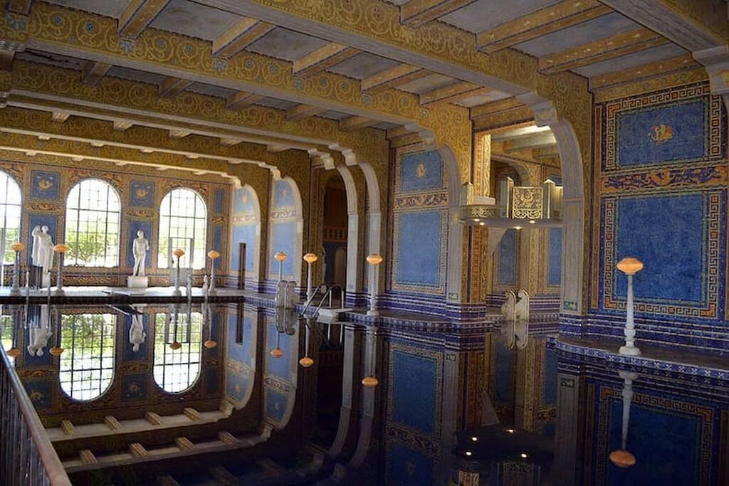 Εσωτερική πισίνα στο Hearst Castle