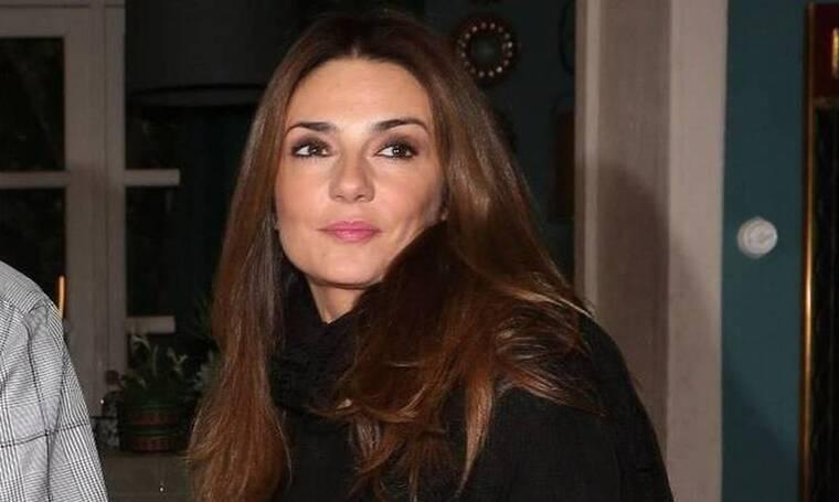 Μαρία Λεκάκη: Η σπάνια φωτό με την έφηβη κόρη της - Μένουν σπίτι και γυμνάζονται παρέα! (Photos)