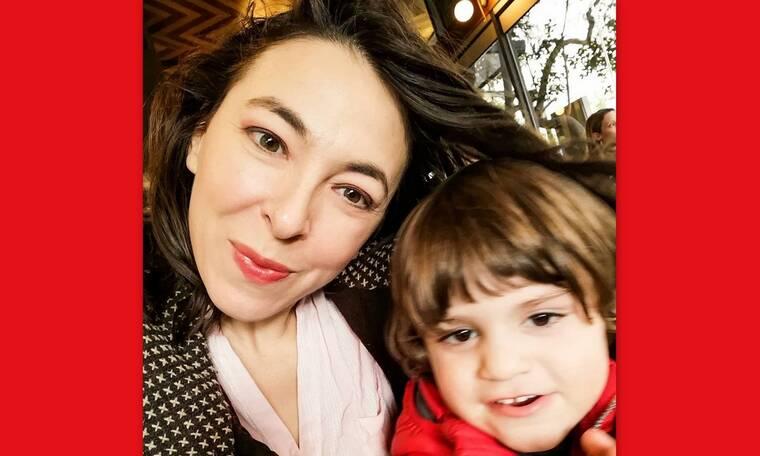 Κορονοϊός: Έτσι περνά τον χρόνο της απομονωμένη στο σπίτι η Αλίκη Κατσαβού με τον μικρό Φοίβο (vid)
