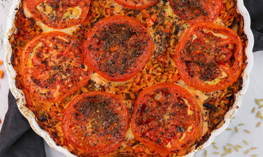 Κριθαράκι με τυριά και λαχανικά στο φούρνο
