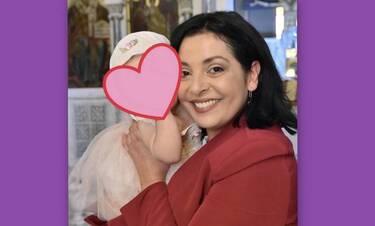Βασιλική Ανδρίτσου: Θα λιώσεις! Δες την να λέει την κοκκινοσκουφίτσα στην κόρη της! (Videos)