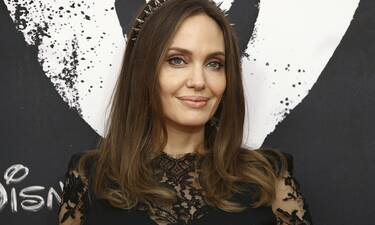Η Angelina Jolie πριν και μετά τις πλαστικές επεμβάσεις (video)