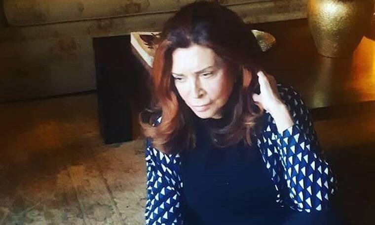 Μιμή Ντενίση: Το δημόσιο ευχαριστώ σε φίλους και συνεργάτες και τα αμέτρητα εξώφυλλα (Photos)