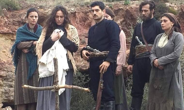 Σε απόγνωση ηθοποιός από το Κόκκινο ποτάμι: «Δεν έχω λεφτά ούτε για μακαρόνια» - Λύγισε on camera
