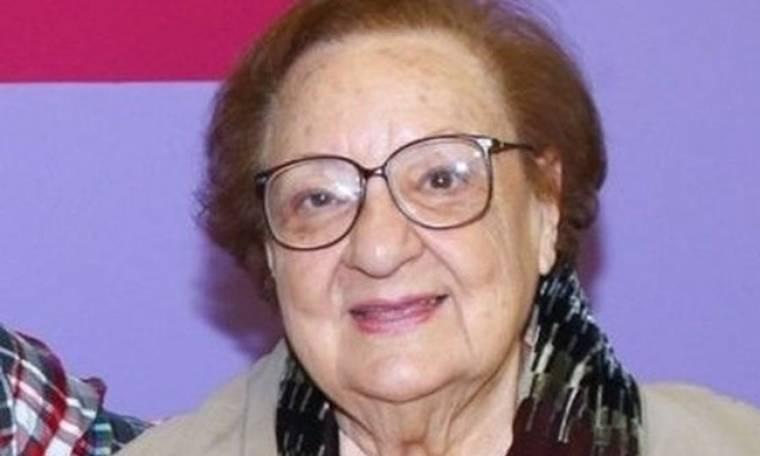 Η 97χρονη Ροζίτα Σώκου δεν φοβάται τον κορονοϊό και δηλώνει:«Εμένα και να με πάρει, τι να με κάνει;»