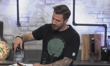 Kitchen Lab: Μενού με άρωμα Ανατολής και ελληνική «πινελιά» ετοιμάζει ο Άκης Πετρετζίκης