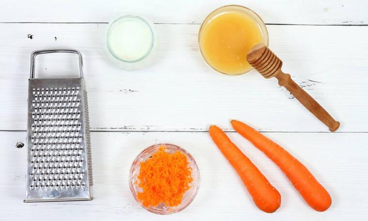 Μάσκα αντιγήρανσης με καρότο & αβοκάντο (βίντεο)