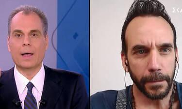Ο Μουζουράκης είναι στο Λος Άντζελες και δηλώνει: «Μένω σπίτι και ακολουθώ τις γραμμές της Ελλάδας»
