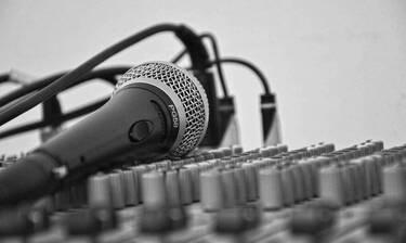 Σοκ: Πέθανε διάσημος τραγουδιστής - Ήταν μόλις 32 ετών