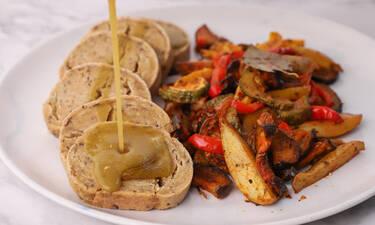 Ψωμί seitan με σάλτσα gravy