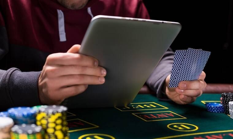 Live Πόκερ: Νόμιμο παιχνίδι Online