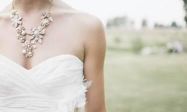 Ελληνίδα τραγουδίστρια παντρεύεται τον Σεπτέμβριο τον... κουμπάρο της! (photos)