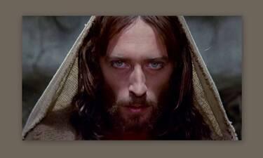 Καθηλωτικό το βλέμμα του ηθοποιού στον «Ιησού από τη Ναζαρέτ»  – Αυτό ήταν το τρικ του Τζεφιρέλι
