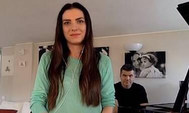 Η Φωτεινή Δάρρα τραγουδά για την ενίσχυση νοσοκομείων (Video)