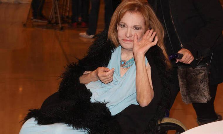 Μαίρη Χρονοπούλου: Δύσκολες ώρες - Ανεβαίνει τον δικό της γολγοθά καθηλωμένη στο κρεβάτι (Photos)