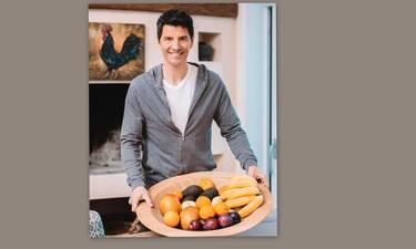 Σάκης Ρουβάς: Μπήκε στην κουζίνα με τα τέσσερα παιδιά του και… μεγαλούργησε-  Θα εκπλαγείς! (Video)