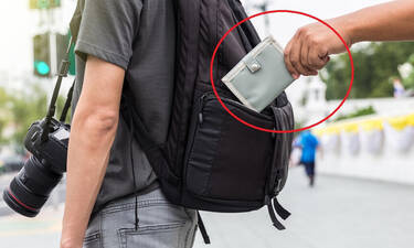 Πώς θα σου κλέψουν το πορτοφόλι και δεν θα το πάρεις χαμπάρι