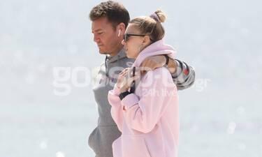Ρομαντική βόλτα στη θάλασσα για πρώην παίκτρια του GNTM με τον αγαπημένο της! (photos)